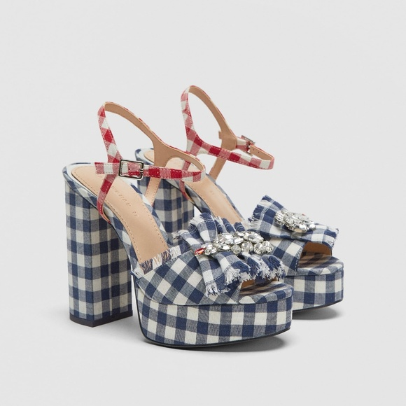 49a6fb66d156f4 NWT Zara US 6 Gingham Platform Sandals